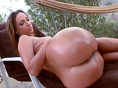 Fucking session with enchanting and lustful bitch